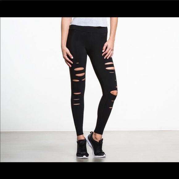 ALO Yoga Pants - NWOT Alo Yoga | Ripped Warrior Leggings